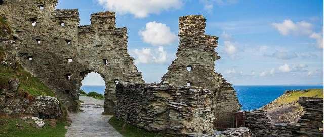 Tintagel Castle.jpg